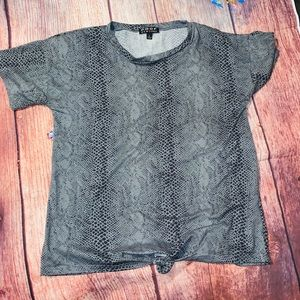 Poof! Tops - POOF Super Soft snake skin pattern knitted shirt L